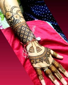 Jewelry Back Hand Mehendi design Rose Mehndi Designs, Latest Bridal Mehndi Designs, Indian Mehndi Designs, Full Hand Mehndi Designs, Modern Mehndi Designs, Mehndi Designs For Girls, Mehndi Design Photos, Wedding Mehndi Designs, Mehndi Designs For Fingers