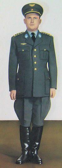 1959 pattern Czechoslovak Air Force officers' summer service dress uniform.