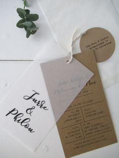 *NIEUW* Trouwkaart Jurre & Philou kalk-kraft Wedding Cards, Our Wedding, Dream Wedding, Typography Prints, Hand Lettering, Wedding Stationary, Wedding Invitations, Wedding Table Deco, Brand Fonts