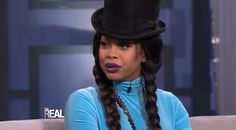 Erykah Badu Speaks On Friendship With Drake (Video)