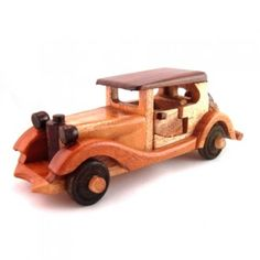 Wooden Toys, Garage, Wooden Toy Plans, Carport Garage, Wood Toys, Woodworking Toys, Garages, Car Garage, Carriage House