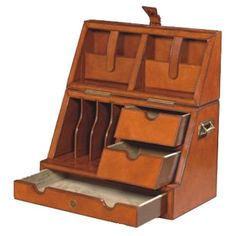 Leather Stationary Box - Makes me feel like a writer from another century Folding Furniture, Furniture Plans, Kids Furniture, Furniture Design, Stationary Box, Campaign Furniture, Lap Desk, Vintage Interiors, Antique Boxes