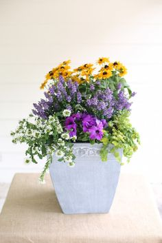 28 Container Gardens for Spring: Day 17