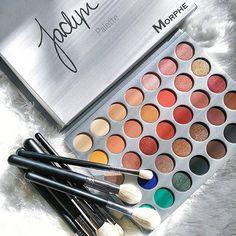 for natural makeup eyeshadow makeup zombie makeup makeup tutorial for brown eyes eyeshadow makeup eyeshadow vs makeup revolution makeup black makeup Mac Makeup, Makeup Kit, Makeup Geek, Skin Makeup, Eyeshadow Makeup, Makeup Inspo, Makeup Cosmetics, Makeup Brushes, Makeup Ideas