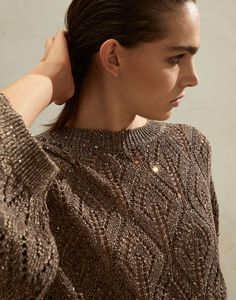 Linen and cotton sweater (211MAJ584900) for Woman | Brunello Cucinelli Baby Knitting Patterns, Knitting Designs, Knitting Ideas, Cardigan Pattern, Brunello Cucinelli, Cotton Sweater, Crochet Clothes, Pull, Knit Crochet