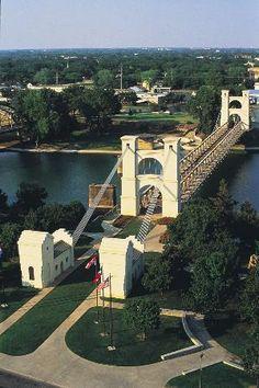 Waco Suspension Bridge, Waco: See 415 reviews, articles, and 281 photos of Waco Suspension Bridge, ranked No.4 on TripAdvisor among 64 attractions in Waco.