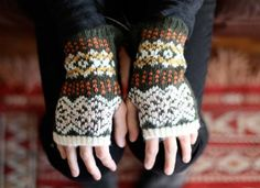fair isle wrist-warmer : ivy