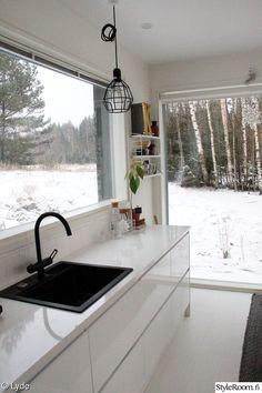 moderni,keittiö,valkoinen,hana,maisema