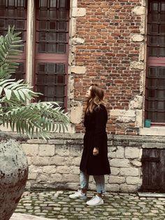 #anvers #antwerp #antwerpen  #brickwall #belgique Bricks, Duster Coat, Artisan, Normcore, Paris, Jackets, Instagram, Style, Fashion