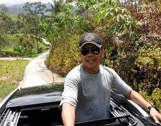 Road inspection before leaving Temir Valley.. #saifosman #travelconsultant #travelbloggers #travelblogger #malayblogger #bloggermy #malaysiatravel #instagramers #lembahtemir #backtonature #alamsemulajadi #naturelover #nature #famousplace #welivetoexplore #wanderlust #weliketotravel #passionpasport #gayatravel #travelproject #wildernessexplorer #wildernessculture #adventurer  #nakedplanet #mytripmyadventure #travelaroundtheworld #jomtravel #instatravel #ecotourism by saifulaznam