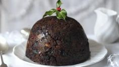 Get motivated in November to make your Christmas pudding to have it mature in time for Christmas.Equipment and preparation: You will need a pint pudding basin, baking paper, foil and kitchen string. Christmas Baking, Xmas Food, Christmas Recipes, Christmas Buffet, Christmas Lunch, Christmas Cakes, Christmas Treats, Christmas Traditions, Christmas Presents