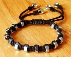 String & Hexnut Bracelet #howto #tutorial Macrame Bracelets, Paracord Bracelets, Macrame Jewelry, Bracelets For Men, Men's Jewelry, Hardware Jewelry, Leather Jewelry, Jewelry Crafts, Jewelry Bracelets