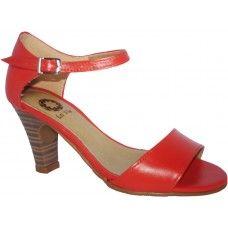 Sandália em couro Coral. La Vile Calçados em couro legítimo. Calçados que produzimos através de encomendas do nº 30 ao nº 33 www.lavile.com.br