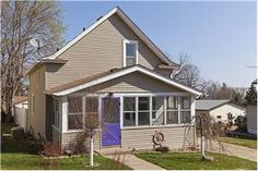 261 Winona Street W, St. Paul, MN 55107, USA - Calssic, Remodeled Home On Generously Oversized Lot - real estate listing