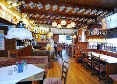 In der Wirtsstube des AKZENT Hotel Cordes können Sie neben den täglich hausgemachten Spezialitäten das außergewöhnliche Ambiente genießen. Restaurant, Basketball Court, German Cuisine, Home Made, Diner Restaurant, Restaurants, Dining