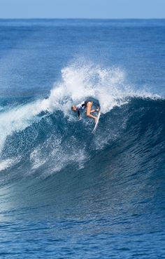 Laura Enever in Round 2 #FijiPro