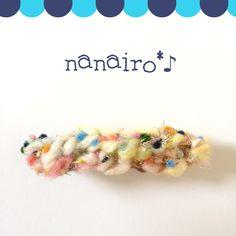 ご覧頂きありがとうございます✴︎【アヴリル】の色んな素材の糸で編んだバレッタです。モコモコの毛糸を使用しました。色はキャンディみたいな淡いカラフルな毛糸が入っ...|ハンドメイド、手作り、手仕事品の通販・販売・購入ならCreema。