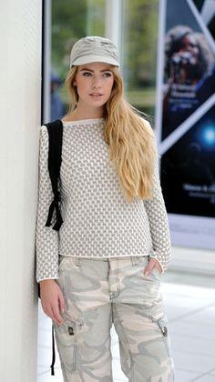 Strikkeopskrift: Bluse i vævestrikmønster