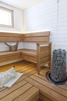 Scandinavian Saunas, Scandinavian Bathroom, Sauna Design, Finnish Sauna, Spa Rooms, Little Italy, Corner Desk, Beach House, Relax