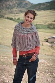 Light an lacy, this crochet poncho is modern and elegant. Lady Blue Warmer - Media - Crochet Me