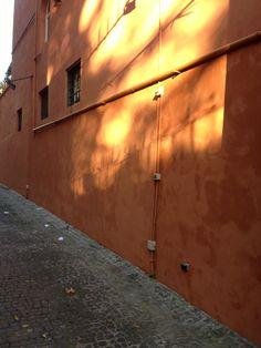 Autumnal Roman light