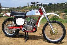 CZ_Falta_400     bob tullis in alliance ohio (tullis body shop) sold these into the mid 1970's.....