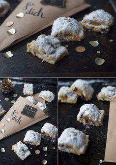Stollenkonfekt mit Cranberrys backen - DIY Geschenke aus der Küche - Weihnachtsbäckerei Rezeptideen - Rezept auf Kreativfieber