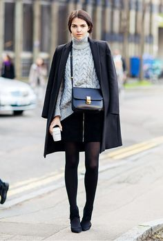 Miniskirt and chunky turtleneck sweater. // #streetstyle