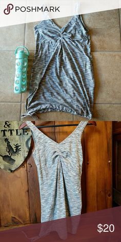 Lucy tech workout top Size small. Barely used and no signs of wear. Fabric is very soft and comfy! Lucy Tops Tank Tops
