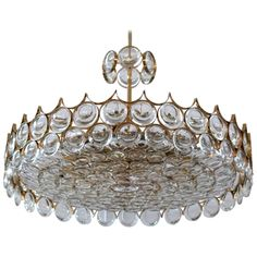 Large Sciolari Chandelier. This could be interesting in front hallway or dining room?