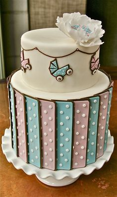 Cake Gorgeous Cakes, Pretty Cakes, Cute Cakes, Amazing Cakes, Torta Baby Shower, Shower Baby, Fondant Cakes, Cupcake Cakes, Cool Cake Designs