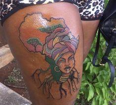 Rasta Tattoo, Afro Tattoo, Tattoos Skull, Dope Tattoos, Body Art Tattoos, Tatoos, Thigh Tattoos, Mic Tattoo, Waist Tattoos