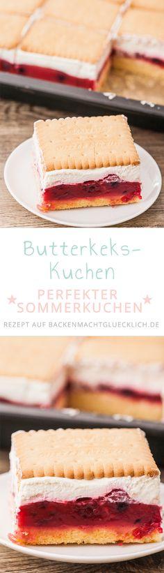 Butterkekskuchen ist einer unserer allerliebsten Sommerkuchen: dieser Butterkekskuchen ist schnell gemacht und durch die Beerenfüllung herrlich frisch und fruchtig.