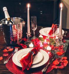 Romantic Anniversary Dinner for Two - Saint Valentin Romantic Dinner Tables, Romantic Dinner Setting, Romantic Dinners, Romantic Night, Romantic Proposal, Romantic Places, Romantic Recipes, Romantic Homes, Romantic Bath
