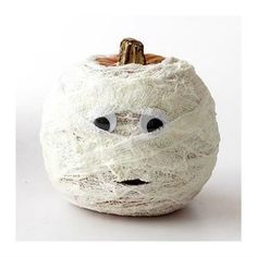 """Mummy"" Pumpkin... no carve pumpkin idea & many more nifty ideas !"