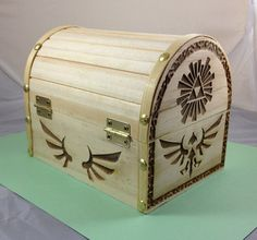 Zelda - Wooden Hyrule Treasure Chest - No Stain