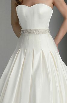 box pleat dress I love the look of this