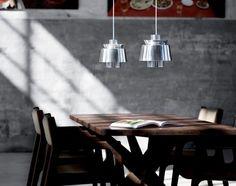 Závěsná lampa Utzon od AndTradition, chrom | DesignVille