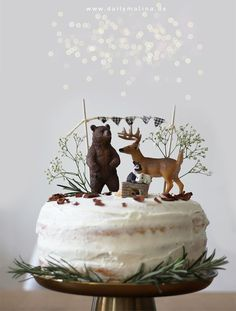 """Birthday Cake """"The Animals of the Forest"""" - Naked Cake with Mas .- Geburtstagstorte """"Die Tiere des Waldes"""" – Naked Cake mit Mascarpone A special birthday cake for small children: A Naked Cake with forest animals - Special Birthday Cakes, Baby Birthday, First Birthday Parties, First Birthdays, Naked Cake, Woodland Party, Savoury Cake, Party Cakes, Kids Meals"""