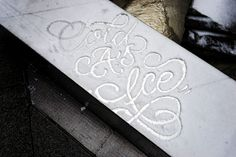 Mysterious Street Artist Leaves Beautiful Typographic Messages On Snow-Covered Cars in NYC