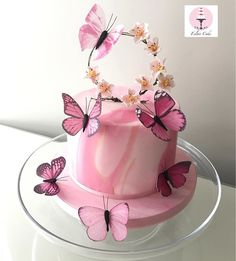 Our newest marble cake💕 - Birthday Cake Flower Ideen Butterfly Birthday Cakes, Birthday Cake With Flowers, Beautiful Birthday Cakes, Butterfly Cakes, Beautiful Cakes, Amazing Cakes, Cakes With Butterflies, Butterfly Theme Party, Pink Birthday Cakes