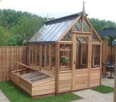 This is an awesome little greenhouse by gabriel ash. - gardenfuzzgarden