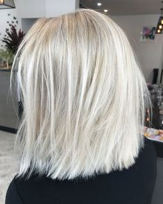 Blonde lob Textured short hair Colour Lived in hair colour Cool ash blonde #BlondeHairstylesShort #BlondeHairstylesCool