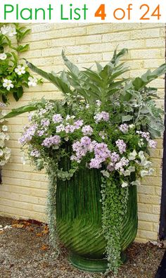 24 designer plant lists for beautiful container gardens & colorful mixed flower pots combinations: great patio planting ideas & backyard landscape designs! – A Piece of Rainbow garden pots color combos 24 Stunning Container Garden Planting Ideas Container Flowers, Container Plants, Container Gardening, Succulent Containers, Vegetable Gardening, Potted Plants Patio, Garden Planters, Fall Planters, Pot Jardin