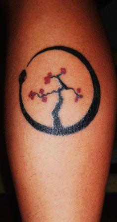 My first tattoo! Ouroboro Caracas / Venezuela Done by Reinaldo Fenix Briceño.