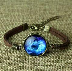Купить товар2015 мода кожаный браслет пространство галактика браслеты ювелирные изделия стекло кабошон pulsera pulseira Feminino в категории Браслеты-талисманына AliExpress.                          Артикул: BA001-BA013                                 Материал: металл, кожа
