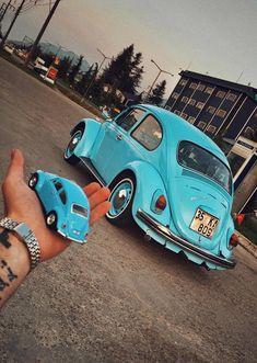Vw beetle aircooled cars retro auto kafer vosvos fuca vw retro blue chrome old autoban auto airsuspansion low Beetle Car, Blue Beetle, Auto Retro, Retro Cars, 3008 Peugeot, Peugeot 206, Vw Cabrio, Kdf Wagen, Bug Car