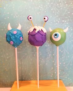 Monsters Inc cake pops. Sully, Boo and Mike Wazowski - Top Trends Monsters Inc Cake Pops, Monster Inc Cakes, Monster Inc Birthday, Monster Inc Party, Sullivan Y Boo, Sully And Boo, Sully Cake, Monsters Inc Baby Shower, Baby Christmas Photos