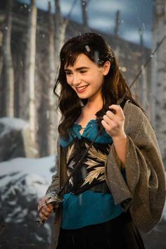 Mirror Mirror (2011) Costume design: EIKO ISHIOKA - Lily Collins as Snow White Snow in bandit outfit