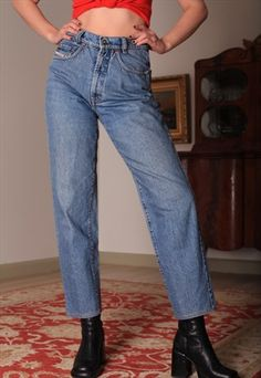 VINTAGE DIESEL HIGH WASTED JEANS